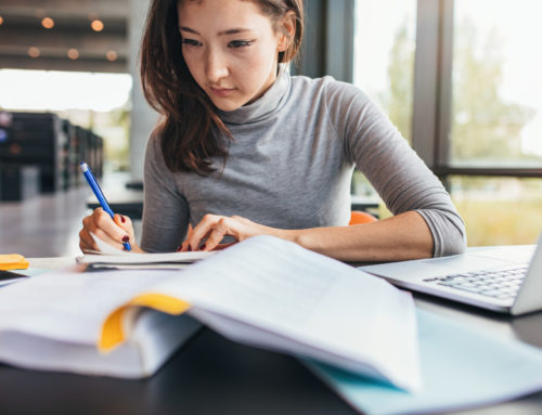 College 101: How to Find Grants to Avoid Student Loans